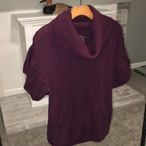 Sz S BCBG Maxazria cowl neck sweater with pockets